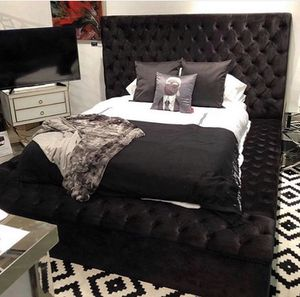 !!!!Beautiful Queen bed frame !!!!!! for Sale in San Diego, CA