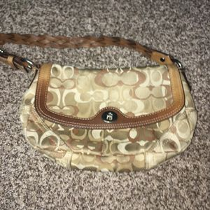 Authentic Coach bag for Sale in Bellingham, MA
