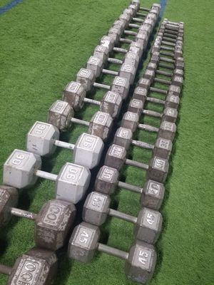 Dumbbell Set 1000+lbs 55-100lbs - HUGE SET - SAVE BIG $ - GREAT Dumbbells for Sale in Mansfield, TX