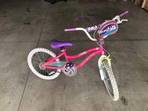 Magna precious pearls bike for Sale in Appleton, WI