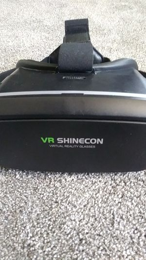 *VR Headset* for Sale in Modesto, CA