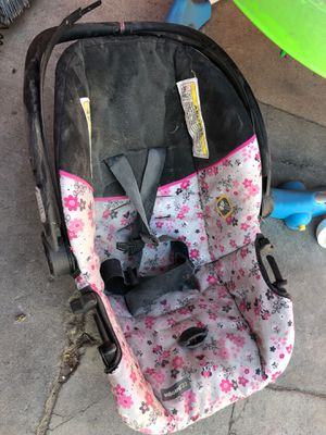 Car seat for Sale in Lynwood, CA