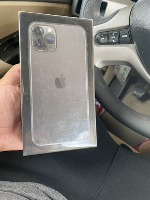 iPhone 11 Pro space gray 256gb Factory Unlocked Sealed for Sale in Selma, CA