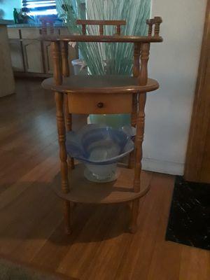 Small shelf for Sale in Alta Loma, CA