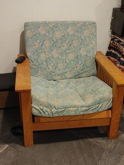 Futon Chair. for Sale in Hillsboro,  OR