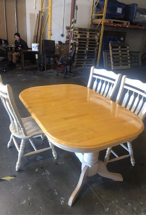 Solid wood table for Sale in Cedar Park, TX