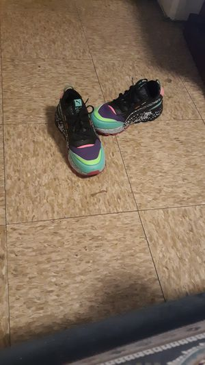 4.5 ladies puma brandnew for Sale in Cleveland, OH