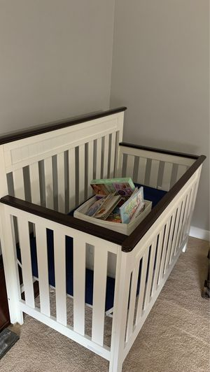 Baby crib for Sale in Bonney Lake, WA