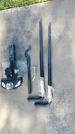 Travel Trailer and Camper Hitch and Sway Bars. for Sale in North Miami Beach, FL