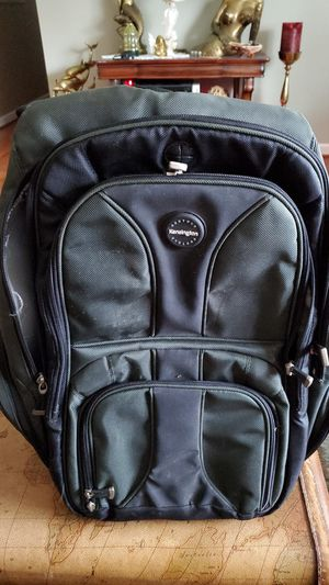 Kensington contour backpack for Sale in Saint Charles, MO