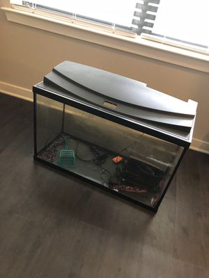 20 gallon fish tank for Sale in Austin, TX
