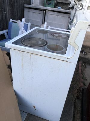Electric stove for Sale in Wyomissing, PA
