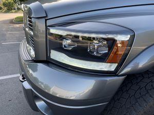 06-08 Dodge Ram headlight for Sale in Diamond Bar, CA