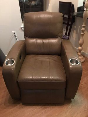 Leather IQ Home Entertainment Recliner Chair for Sale in Alexandria, VA