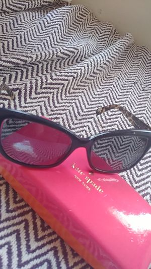 Kate Spade sunglasses for Sale in Columbus, OH