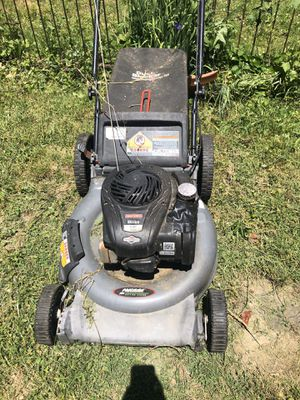 Precisión Lawn mower for Sale in Philadelphia, PA