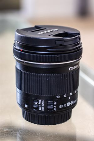 Canon EF-S 10-18mm f/4.5-5.6 IS STM Lens with filters for Sale in Santa Clara, CA
