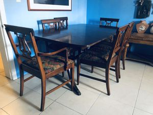 Antique Dining Room Table for Sale in Longwood, FL