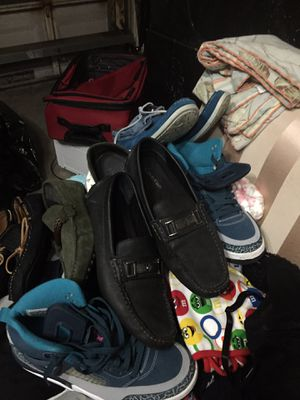 Unlimited clothes for men's shoes and children clothes bed sheets towels and many more everything for $150 for Sale in Pembroke Pines, FL