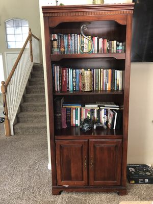 Bookshelves for Sale in Fresno, CA