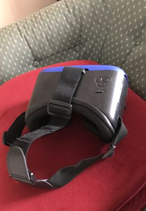 Vr headset for Sale in St. Petersburg, FL