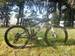 Giant Yukon fx mountain bike for Sale in Oregon City, OR