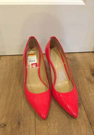 Michael Kors bright red heels size 10 for Sale in Vancouver, WA