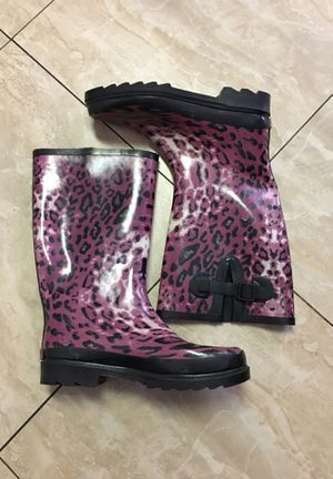 Rain ☔️ boots are new $20 size 9 women s for Sale in Anaheim, CA