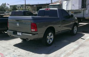 Ram 1500 bed cover for Sale in Banning, CA