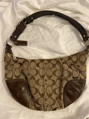 Authentic Coach Handbag Medium size Shoulder Bag for Sale in Glastonbury, CT