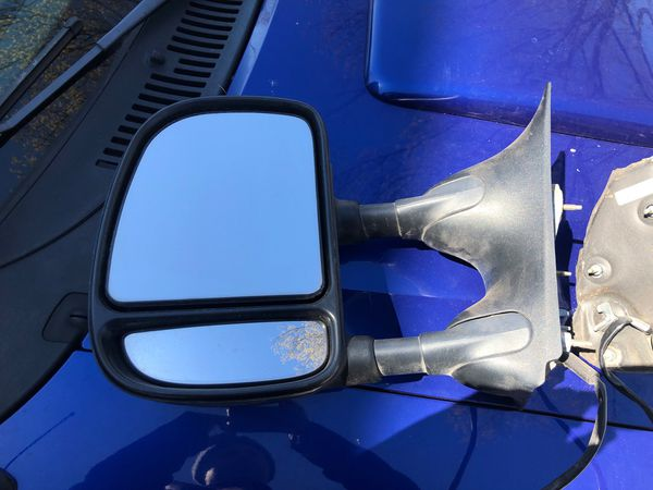 Ford mirrors ... electric
