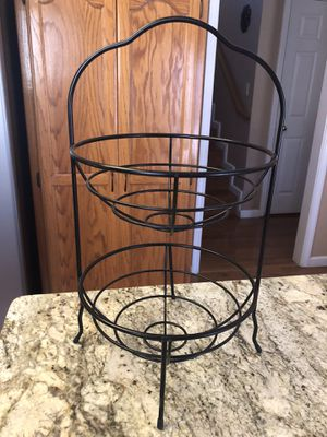 "2-TierMetal Fruit Basket 28"" x 10"" for Sale in Turlock, CA"