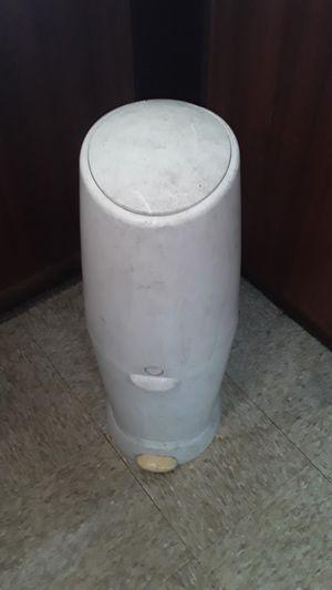 Baby diaper trash can for Sale in Miami, FL