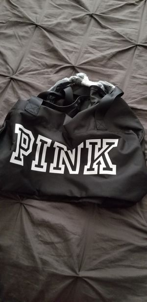 Vs Pink duffle bag with water bottle black firm price. for Sale in Anaheim, CA
