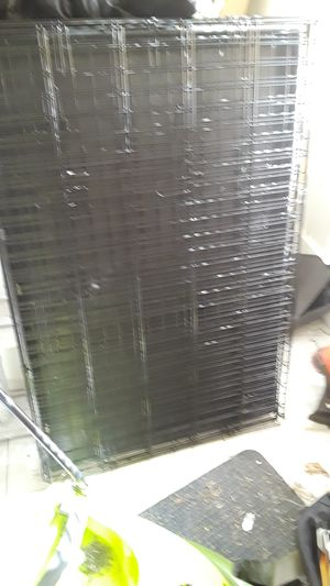 Large dog crate for Sale in Harrisburg, PA