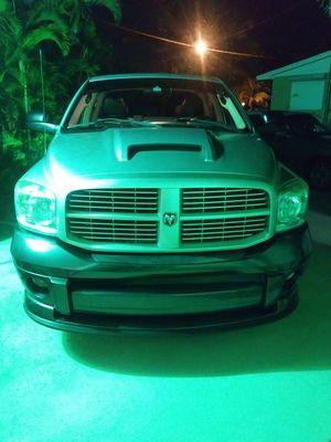 Dodge ram 1500 del 2007 super bueno en venta con 64 000 millas modernisada mofles nuevos y un sonido espectacular for Sale in Orlando, FL
