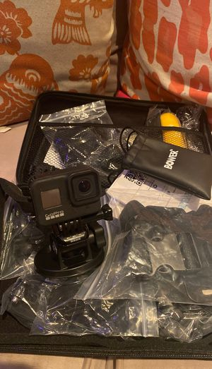 GoPro hero8 full kit for Sale in Aurora, IL
