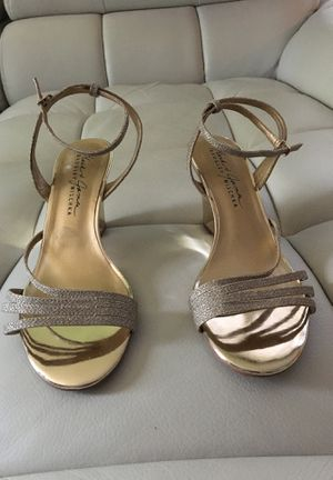 Badgley Mischka heels for Sale in St. Peters, MO