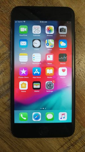 iPhone 7 Plus 32GB Sprint / Boost Mobile for Sale in North Las Vegas, NV
