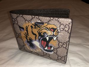 Gucci wallet for Sale in La Mirada, CA
