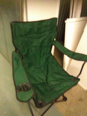 Green folding chair with carry bag for Sale in Takoma Park, MD