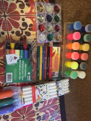 New! Art and Craft Supplies- paint and fabric markers for Sale in Los Angeles, CA