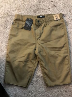 Brand new vans shorts size 30 for Sale in Lynnwood, WA