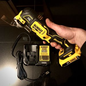 Atomic Series DC Motor Dewalt MultiTool Full Kit for Sale in Ravensdale, WA