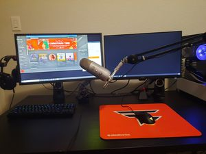 Gaming/Streaming setup PC PARTS LISTED IN THE LINK for Sale in Justin, TX