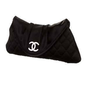 Authentic Chanel Halfmoon Satin Pouch for Sale in Queens, NY