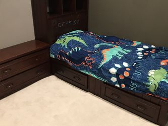 Pottery Barn Belden Twin Bed Set for Sale in Ladera Ranch,  CA