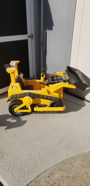 Kid Trax electric bulldozer for Sale in Tracy, CA