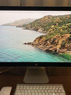 Apple Cinema Display 24 Inch Bundle for Sale in Cerritos,  CA