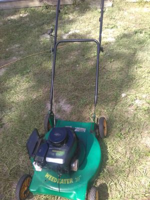 Weedeater works have to pull line from the spark plug to turn off for Sale in Tampa, FL